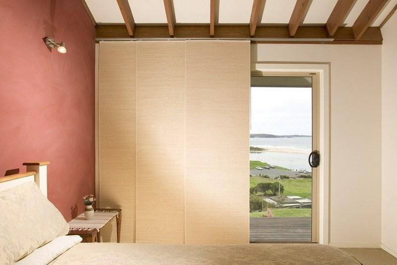 bien aim panneau coulissant bois interieur vl78 humatraffin. Black Bedroom Furniture Sets. Home Design Ideas